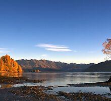 Lake Wanaka by Mel Brackstone