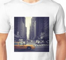 New York Vintage Taxi Cab Unisex T-Shirt