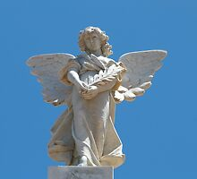'The Angel on Semaphore Cenotaph'. Built 1926. S.Aust, by Rita Blom