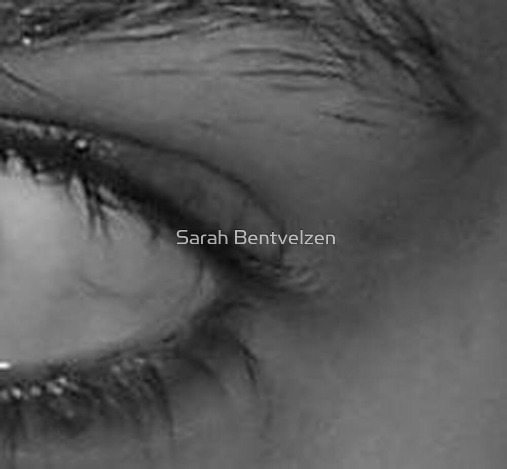 Eye by Sarah Bentvelzen