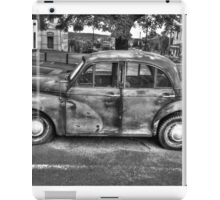 The Dalesford Moggie Minor BW iPad Case/Skin