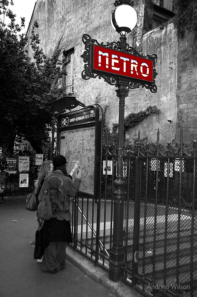 Paris Metro by Andrew Wilson