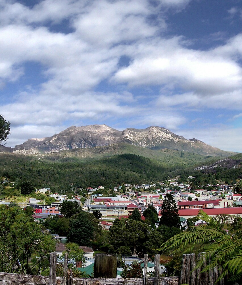 Overview of Queenstown Tasmania. by aperture