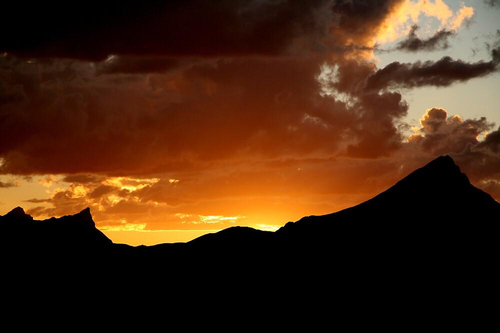 Sunset peaks - Jasper by marklow