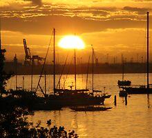 St Kilda @ Sunset - Melbourne Australia by amanwithapan