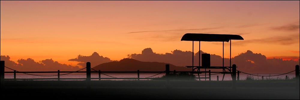 Hawksnest Sunrise by RailDen
