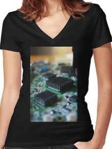 Circuit City Women's Fitted V-Neck T-Shirt