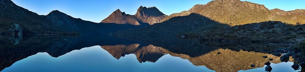 Cradle Mountain Morning Panorama by John Barratt