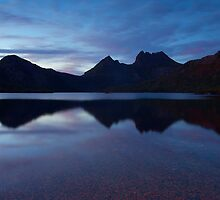 Cradle Mountain FirstLight by Neil