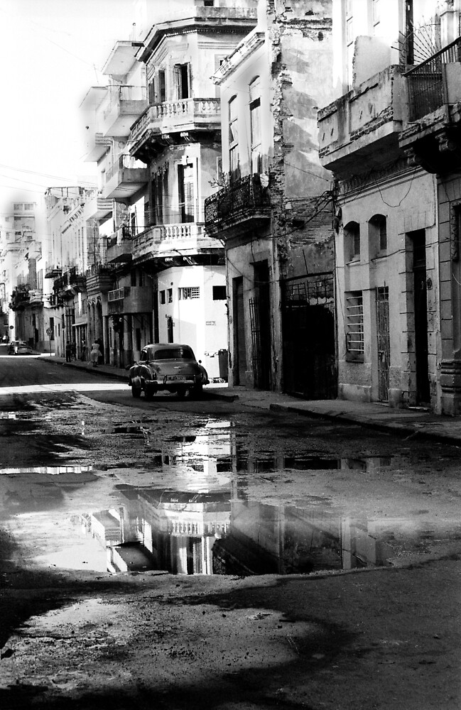 Streets of Havana by Heidi Wernicke