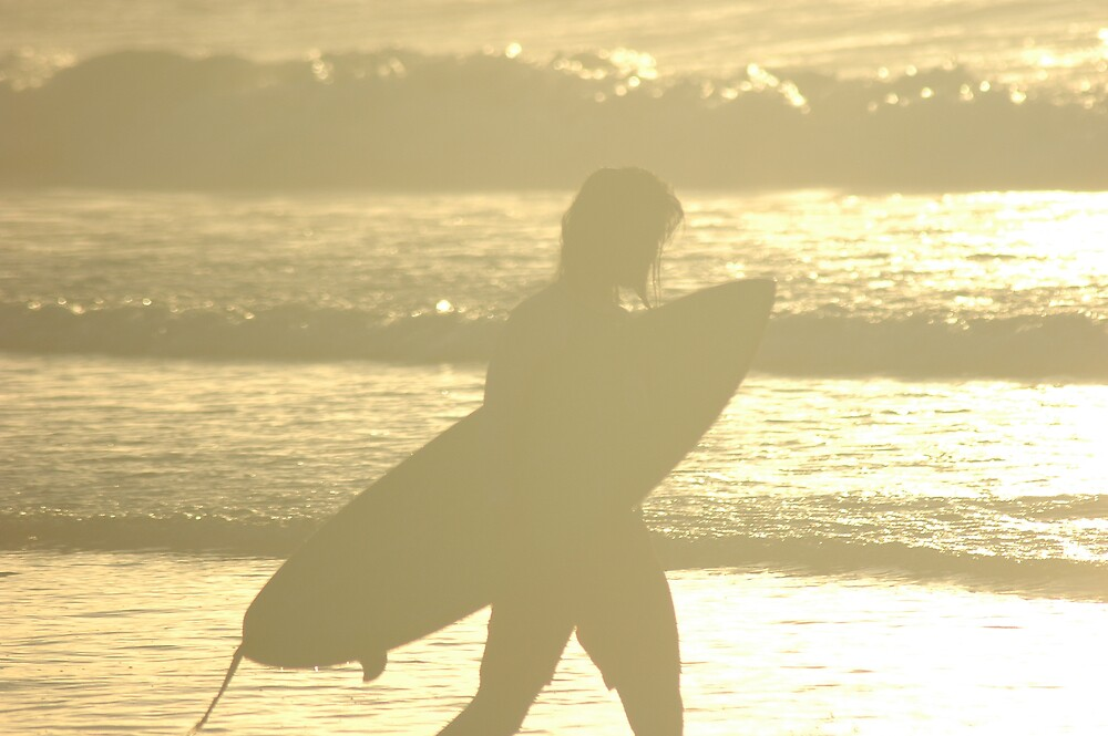 SUNDOWN SURFER by DUNCAN DAVIE