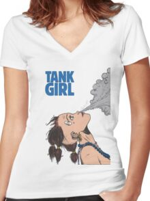Tank Girl Women's Fitted V-Neck T-Shirt