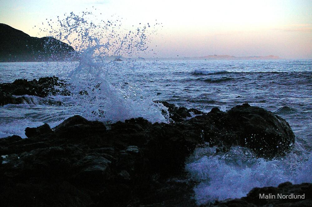 wave by Malin Nordlund