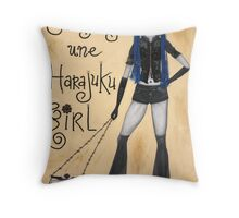je suis une Harajuku girl Throw Pillow
