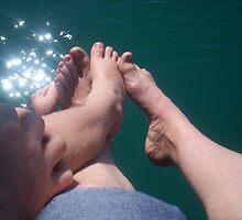 feet n sparkles by prawncess