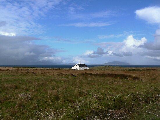Old Irish coastal cottage, Co Kerry, Ireland by Donny Ocleirgh