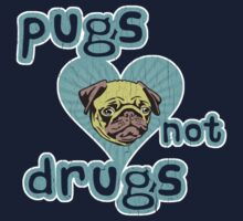 Funny Pugs Not Drugs (Vintage Distressed Design) Kids Clothes