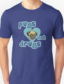 Funny Pugs Not Drugs (Vintage Distressed Design) T-Shirt