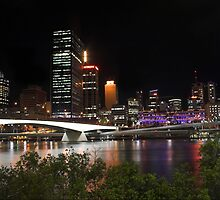 Brisbane City - Queensland, Australia by Brendan Rouse