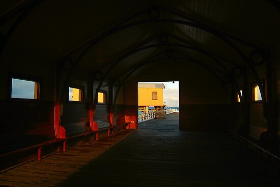 Queenscliff Pier by Joe Mortelliti