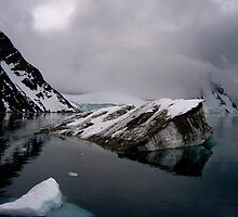 Dirty Ice by Benno