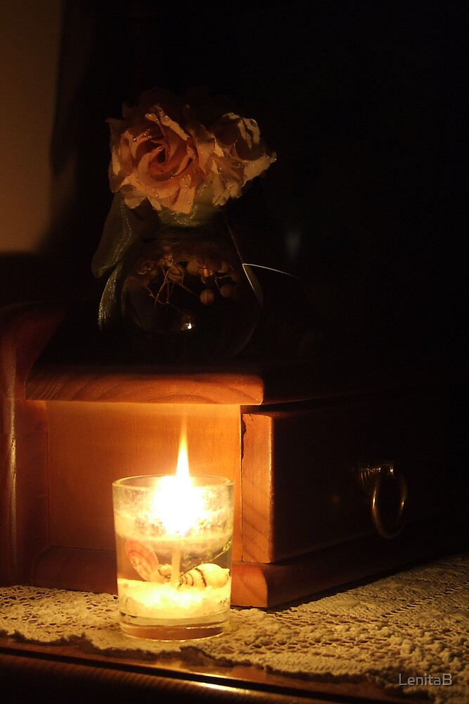 candlelight by LenitaB