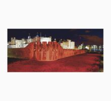 The Tower of London Poppies - 1 T-Shirt