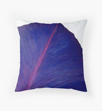 VIOLET PETAL Throw Pillow