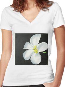 THE WHITE FLOWER Women's Fitted V-Neck T-Shirt