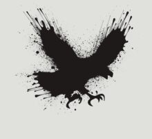 Abstract splashes of color - Street art bird (eagle / raven) T-Shirt