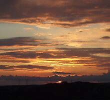 Sunset from Thornhill by turkish