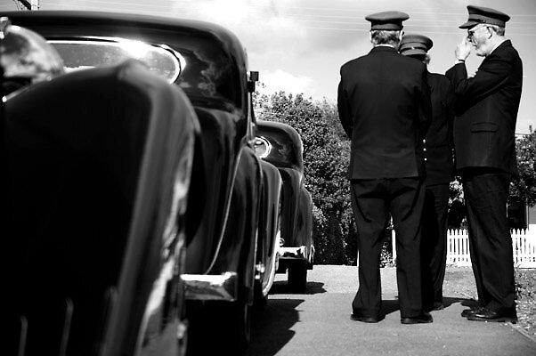 drivers waiting by Randi Wagner