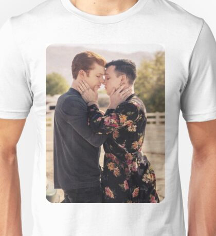 SHAMELESS - GALLAVICH DOES HE GIVE YOU THAT LOOK Unisex T-Shirt