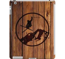 skiing 1 distressed iPad Case/Skin