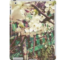 White Plum Blossoms 2 iPad Case/Skin