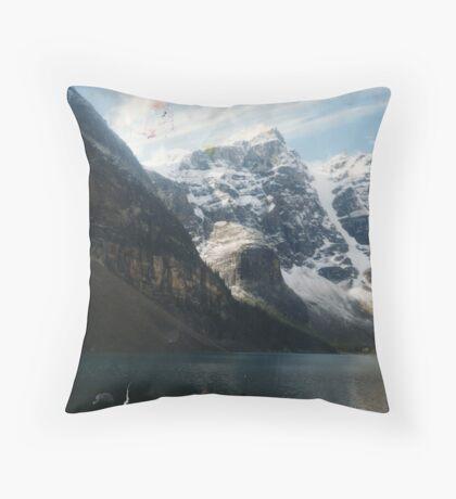valley of the ten peaks Throw Pillow