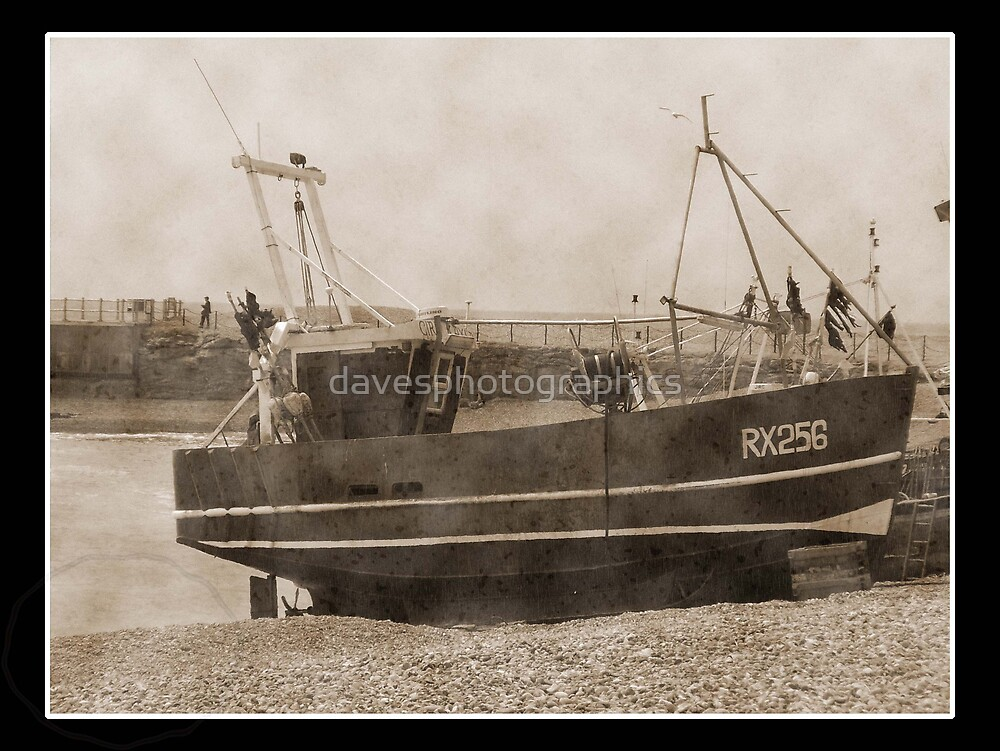 Old Boat At Hastings by davesphotographics