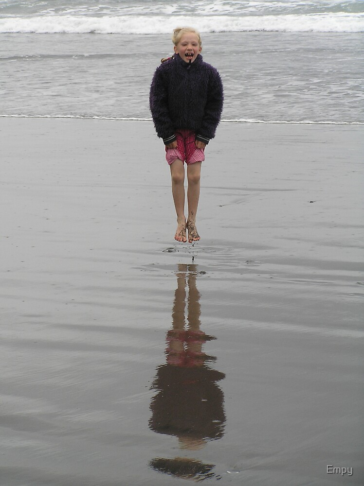 Levitation by Empy