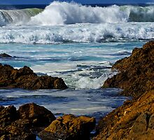 The sea at Narooma by Darren Stones