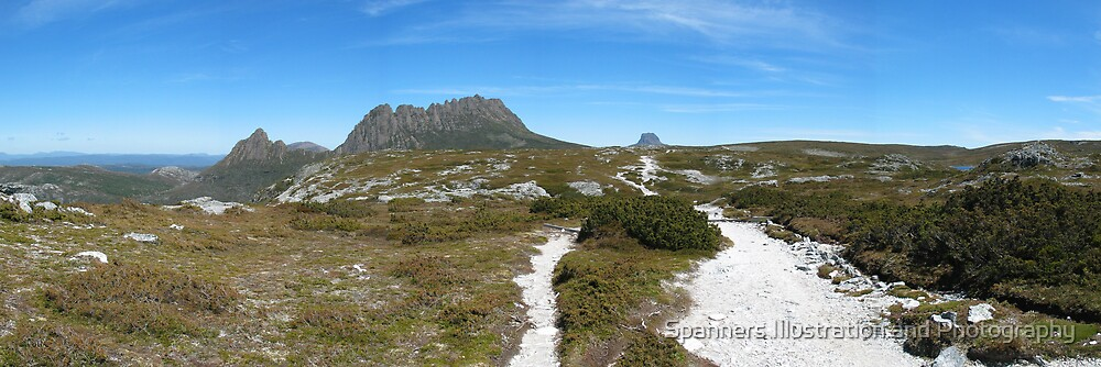 Cradle Mountain, Tasmania by spanners79