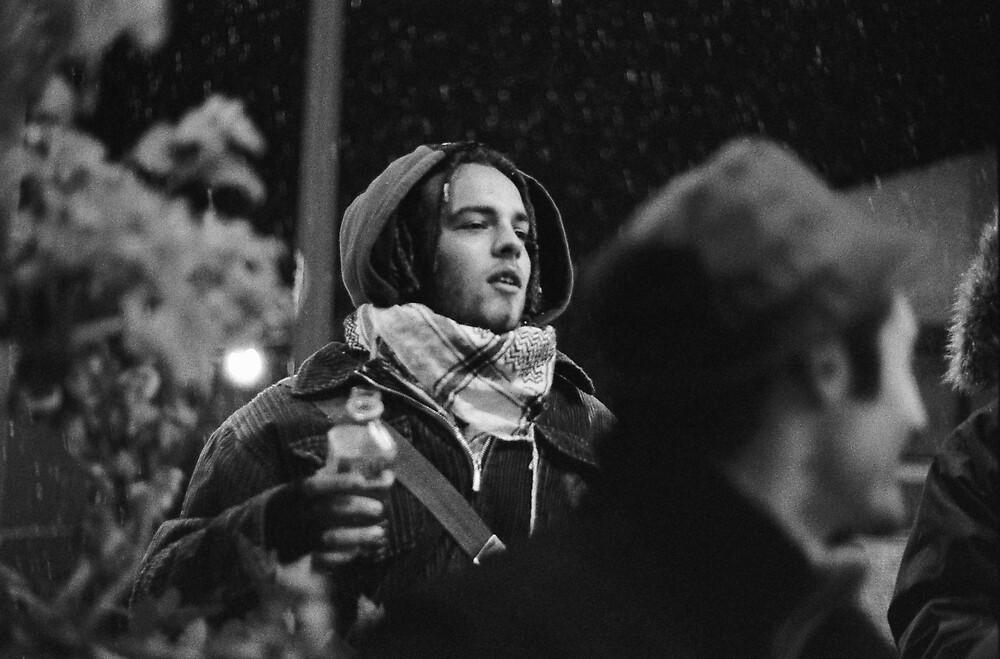 Alle spalle di Momy...la neve by Gennaro Pazienza