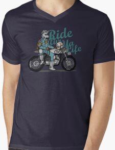 Ride fur ya life: Wolfman Mens V-Neck T-Shirt