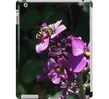 Metallic Green Bee on Wallflower iPad Case/Skin