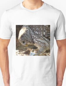 Bowing Barn Owl Unisex T-Shirt