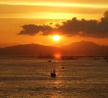 Sunset Over Victoria Harbour by destinysa72
