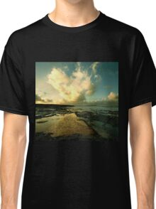 Heart of the Storm- Vintage Edition - Newtrain Bay - Cornwall Classic T-Shirt