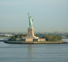 Statue of Liberty by michael369