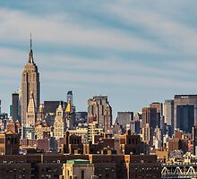 NEW YORK CITY 21 by Tom Uhlenberg