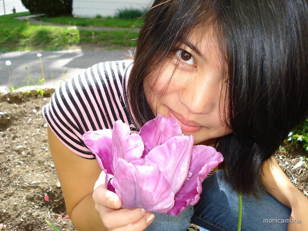 purple flower by monicamona