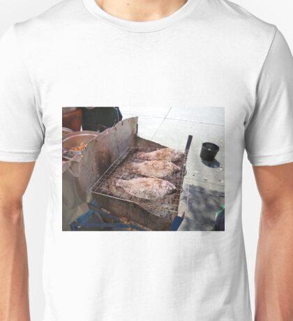 Plaa nin Unisex T-Shirt
